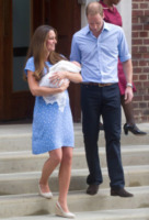 Principe George, Principe William, Kate Middleton - Londra - 23-07-2013 - Primo Ministro? Presidente? No, mammo