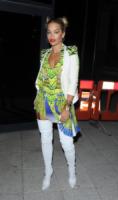 Rita Ora - Londra - 26-07-2013 - Un pugno nell'occhio: il party look Just Cavalli di Rita Ora