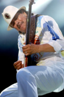 Carlos Santana - Milano - 26-07-2013 - La chitarra di Carlos Santana per i bambini