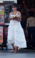 Halle Berry - Los Angeles - 27-07-2013 - Maxi dress: tutta la comodità dell'estate