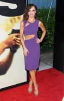 Karina Smirnoff - New York - 29-07-2013 - Per il 2014, le celebrity scelgono il colore viola