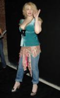"Courtney Love - Hollywood - 30-06-2005 - Courtney Love apprezza Miley Cyrus, Katy Perry è ""noiosa"""