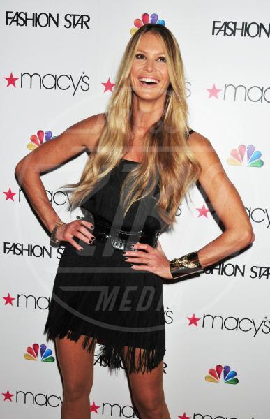 """Elle Macpherson - New York - 13-03-2012 - """"A 40 anni non sei più sexy!"""" Sicura, Miley Cyrus?"""