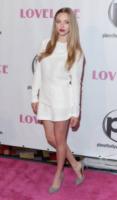 Amanda Seyfried - Las Vegas - 04-08-2013 - Quest'estate le star vanno in bianco