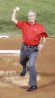 George W. Bush - Stati Uniti - 23-10-2011 - Stati Uniti: George W. Bush operato al cuore