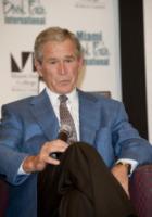 George W. Bush - Stati Uniti - 14-11-2010 - Stati Uniti: George W. Bush operato al cuore