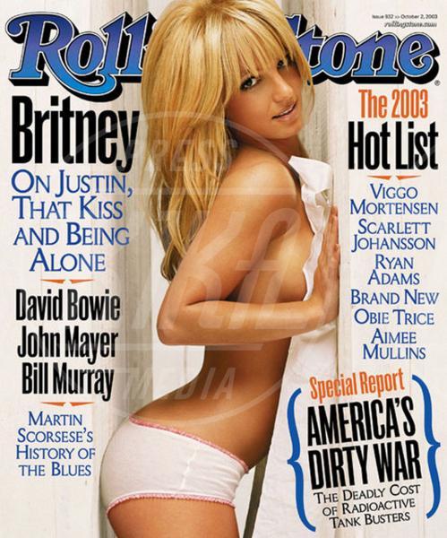 Britney Spears - Los Angeles - 06-08-2013 - Madre Natura non sbaglia e porta le muse, nude, sulle cover