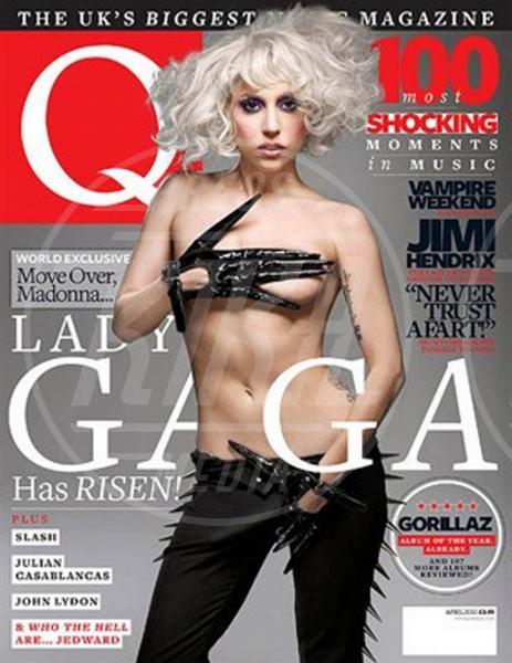 Lady Gaga - Los Angeles - 06-08-2013 - Madre Natura non sbaglia e porta le muse, nude, sulle cover