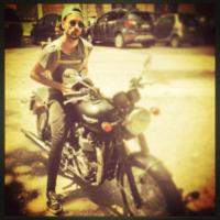 Marco Mengoni - Los Angeles - 06-08-0000 - Dillo con un tweet: matrimonio buddista per Nina Moric