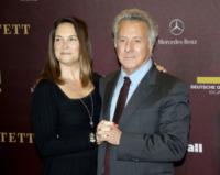 Lisa Gottsegen, Dustin Hoffman - Berlino - 20-01-2013 - Dustin Hoffman operato di tumore: ora sta bene