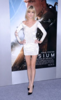 Eugenia Kuzmina - Westwood - 07-08-2013 - Quest'estate le star vanno in bianco
