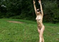 Lady Gaga - 08-08-2013 - Lady Gaga si spoglia nuda per Marina Abramovic