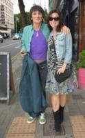 Sally Humphreys, Ronnie Wood - Dublino - 08-08-2013 - Ronnie Wood sarà padre di due gemelli a 68 anni
