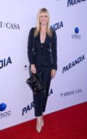 Bonnie Somerville - West Hollywood - 08-08-2013 - Miley Cyrus ruba la scena al fidanzato alla première di Paranoia