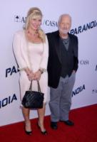 Svetlana Erokhin, Richard Dreyfuss - West Hollywood - 08-08-2013 - Miley Cyrus ruba la scena al fidanzato alla première di Paranoia