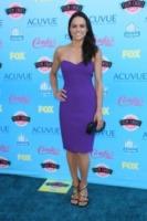 Michelle Rodriguez - Universal City - 11-08-2013 - Per il 2014, le celebrity scelgono il colore viola