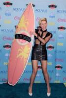 Miley Cyrus - Universal City - 11-08-2013 - Il video di We can't stop non ha messaggi subliminali