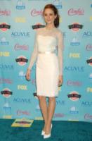 Troian Bellisario - Universal City - 12-08-2013 - Quest'estate le star vanno in bianco