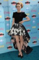 Lily Collins - Universal City - 12-08-2013 - Corto o lungo? Ecco le dive che non sanno decidersi!