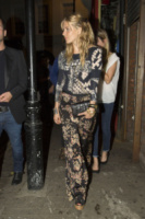 Londra - 15-08-2013 - Sienna Miller: sotto il vestito, niente
