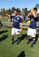 Jonas Brothers - Los Angeles - 18-08-2013 - Jonas Brothers e la beneficenza: calciatori per un giorno