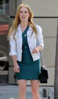 Julianne Moore - Los Angeles - 18-08-2013 - Un classico che ritorna: il giubbotto di jeans