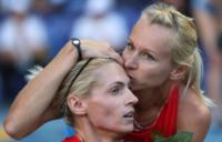 Tatyana Firova, Kseniya Ryzhova - Mosca - 19-08-2013 - Ryzhova-Firova: un bacio saffico contro la legge anti gay