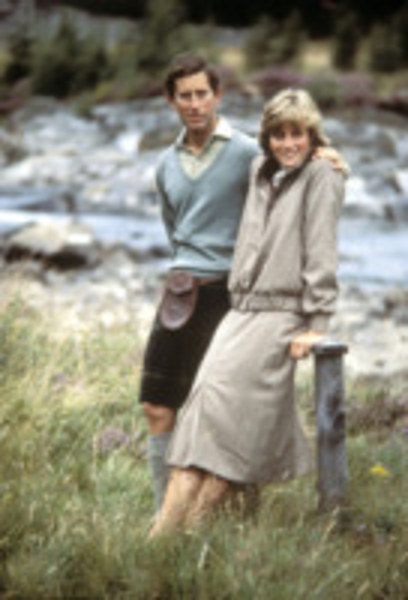 Lady Diana - Londra - 20-08-1981 - Il principe Harry in Angola, come Lady Diana