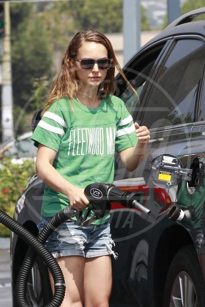 Natalie Portman - Los Angeles - 19-08-2013 - Natalie Portman, quando i cigni fanno benzina