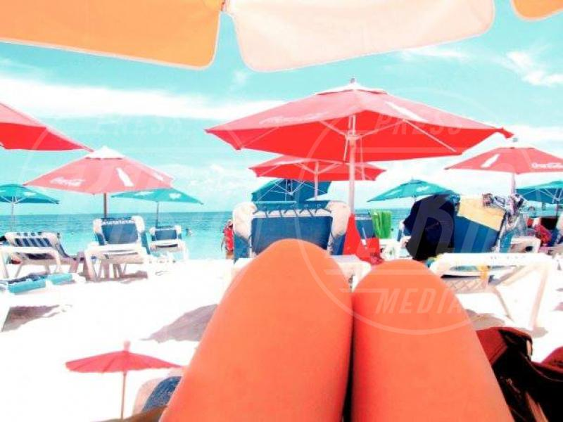 Wurstel in vacanza - Los Angeles - 20-08-2013 - Niente vacanze? Vendicati postando i wurstel