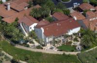Abitazione Kobe Bryant - Newport Beach - 20-12-2011 - Kobe e Vanessa Bryant, in vendita la reggia di Newport