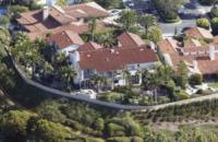 Abitazione Kobe Bryant - Newport - 19-01-2012 - Kobe e Vanessa Bryant, in vendita la reggia di Newport