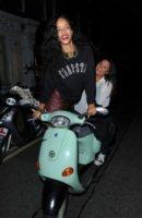 Rihanna - Toronto - 22-08-2013 - Donald Trump all'attacco della Vespa: come faranno le star?