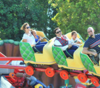 Emme Anthony, Max Anthony, Jennifer Lopez - Los Angeles - 26-08-2013 - Tutti a Disneyland appassionatamente!
