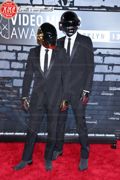 Daft Punk - New York - 25-08-2013 - Mtv Video Music Awards 2013: Katy Perry è una bellezza bestiale