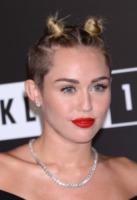 Miley Cyrus - Brooklyn - 25-08-2013 - Mtv Video Music Awards 2013: Katy Perry è una bellezza bestiale