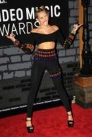 Miley Cyrus - New York - 25-08-2013 - Mtv Video Music Awards 2013: Katy Perry è una bellezza bestiale