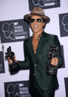 Bruno Mars - Brooklyn - 26-08-2013 - Mtv Video Music Awards 2013: trionfa Justin Timberlake