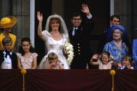 Principe Andrea Duca di York, Sarah Ferguson - 29-07-1981 - Da Elisabetta II a Meghan: gli anelli più preziosi del reame