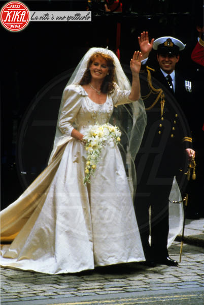 Principe Andrea Duca di York, Sarah Ferguson - Londra - 29-07-1981 - Da Kate a Lady D, gli abiti da sposa Windsor più belli
