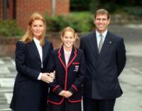 Principessa  Beatrice di York, Principe Andrea Duca di York, Sarah Ferguson - Londra - 06-09-2000 - Emily Ratajkowski mostra l'enorme anello di fidanzamento