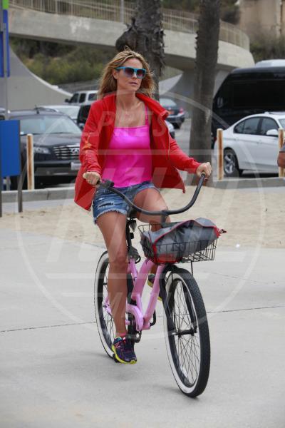 Heidi Klum - Los Angeles - 24-08-2013 - Dove vai, se la bici (condivisa) non ce l'hai?
