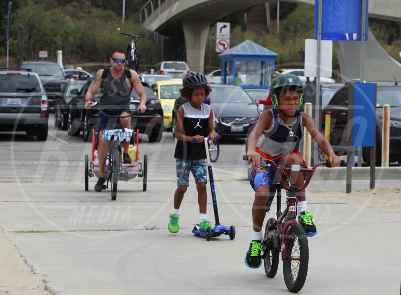 Martin Kristen, Johan Riley Samuel, Lou Samuel, Henry Samuel - Los Angeles - 24-08-2013 - Dove vai, se la bici (condivisa) non ce l'hai?