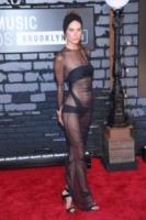 Erin Wasson - New York - 26-08-2013 - Alessia Marcuzzi: sotto il vestito – e l'Isola – niente!
