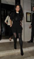 Nicole Scherzinger - Londra - 20-03-2013 - Back to school: tutte studentesse preppy con il colletto!
