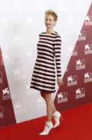Alba Rohrwacher - Venezia - 29-08-2013 - Le celebrity? Tutte pazze per le righe!