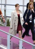 Emma Watson - Cannes - 16-05-2013 - L'autunno è alle porte: è tempo di trench!
