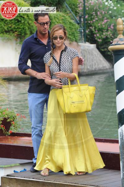 Lorenzo Tonetti, Natalia Borges - Venezia - 29-08-2013 - Festa della donna? Quest'anno la mimosa indossala!
