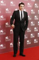 James Franco - Venezia - 01-09-2013 - Festival di Venezia: Franco e Gia Coppola, coppia vincente