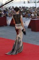 Raffaella Fico - Venezia - 02-09-2013 - Vade retro abito!: eleganza italiana al Festival di Venezia